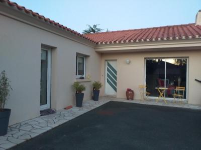 Mister Toit - Entreprise de démoussage et de traitement des toitures - Caen