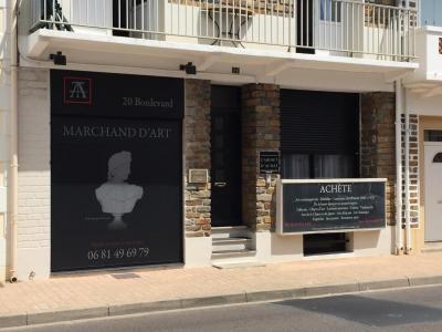 Trameçon Armel - Achat et vente d'antiquités - Les Sables-d'Olonne