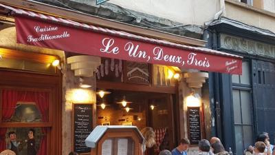 Un, Deux, Trois Julien Blachon Jean Bollery 2 Jb - Restaurant - Lyon