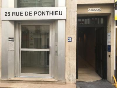 Union Des Français De L' Etranger - Association culturelle - Paris