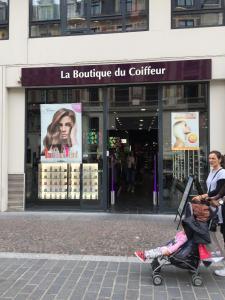 Vr Coiffure Sarl - Coiffeur - Lille