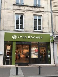 Yves Rocher - Lieu - Saint-Dizier