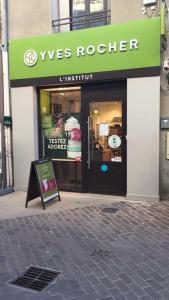 Yves Rocher - Institut de beauté - Vaison-la-Romaine